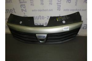 б/у Решётки радиатора Renault Sandero