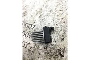 Резистор вентилятора печки Audi A6 c5 4b0820521