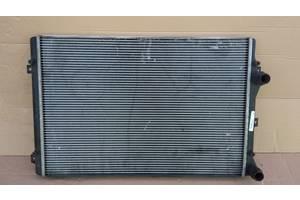 Seat Leon II 06 - Golf V VI радиатор основной 1k0121251l