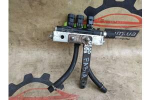 Skoda Fabia 1.2 2007-2010 форсуночная рейка ГБО впрыск газа 67R-010196