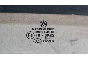 б/в скло двері Volkswagen Jetta