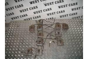 Б/У 2004 - 2010 Caddy Супорт передній правий. Вперед за покупками!