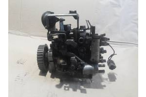 б/в Паливні насоси високого тиску / трубки / шестерні Nissan Primera