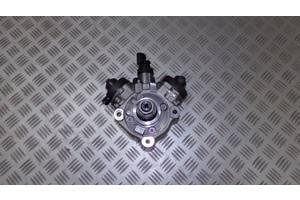 б/у Топливные насосы высокого давления/трубки/шестерни Audi A7
