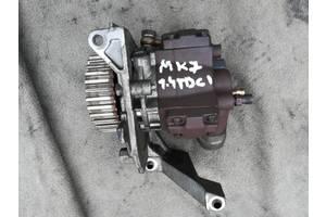 б/у Топливные насосы высокого давления/трубки/шестерни Fiesta