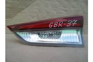 Toyota Auris II 15 - универсал фонарь задний правый внутренний крышки