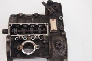 корпус паливного насоса 2.4д тип 616 070 8301для мерседеса 123 мотор 2.4д пробіг 200тис у єс ціна за сам корпус гаран