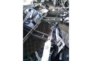 Внутренние компоненты кузова Renault Kangoo