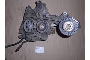 б/в кронштейни Volkswagen Crafter