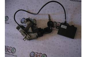б/у Замки зажигания/контактные группы Volkswagen Passat B4
