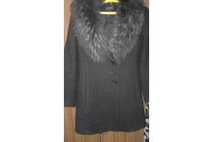 Жіночий верхній одяг Луцьк - купити або продам Жіночий верхній одяг ... 6456ddd85a2a1