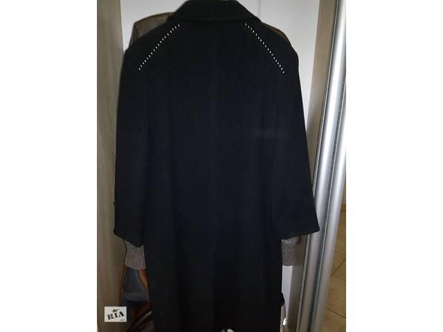продам Кашемировое пальто бу в Ужгороде
