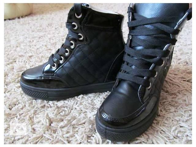 продам Женские ботинки бу в Харькове