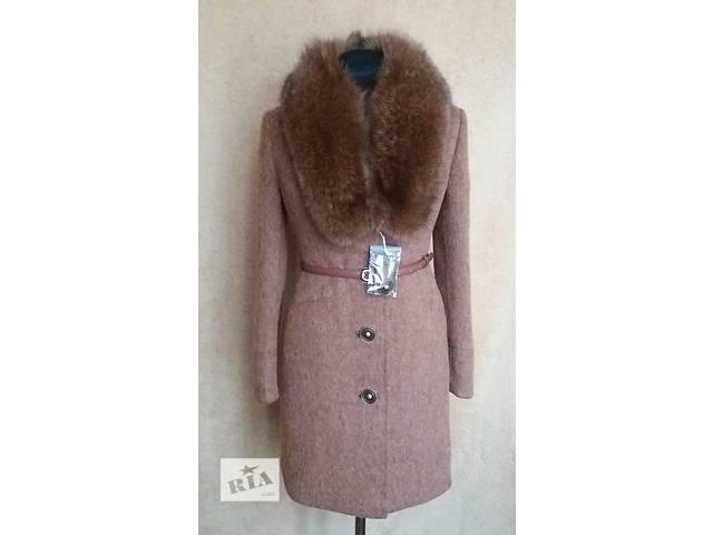 бу Зимнее пальто с натуральным мехом песца в Николаеве
