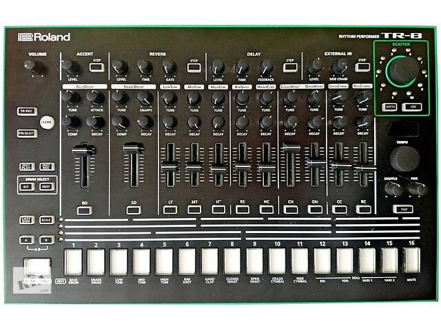 купить бу Драм машина, Roland TR-8.