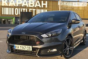 Ford Focus ST 2.0Turbo  250hp 2016