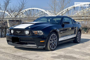 Ford Mustang ROUSH  430hp 2012