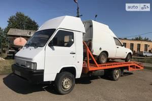 Nissan Trade  1996