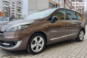 Renault Grand Scenic Bose Edition 2012