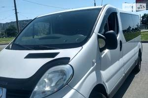 Renault Trafic пасс. Long 8+1 2012