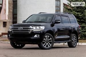 Toyota Land Cruiser 200 OFFICIAL 2017