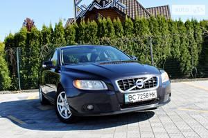 Volvo V70 R DEZIGN 2010