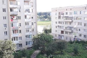 Куплю житло на Івана Франка Моршин