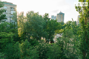 Сниму недвижимость на Энтузиастове Киев посуточно