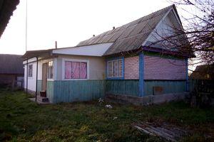 Продажа/аренда нерухомості в Лугинах