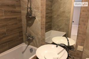 Продается 1-комнатная квартира 36 кв. м в Ровно