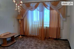 Продається 3-кімнатна квартира 63 кв. м у Кролевці