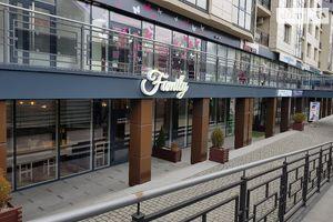 Здається в оренду кафе, бар, ресторан 350 кв. м в 4-поверховій будівлі