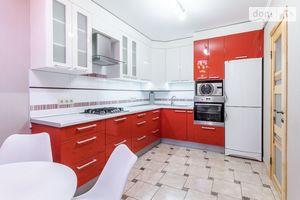 Здається в оренду 4-кімнатна квартира у Львові