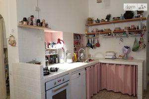 Продається 4-кімнатна квартира 100 кв. м у Одесі