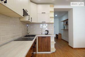 Сдается в аренду 2-комнатная квартира 77 кв. м в Харькове