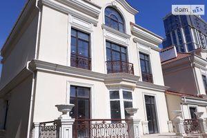 Продается дом на 2 этажа 820 кв. м с баней/сауной