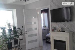 Продається 3-кімнатна квартира 50 кв. м у Кропивницькому