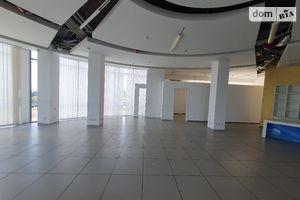 Продається офіс 691 кв. м в нежитловому приміщені в житловому будинку