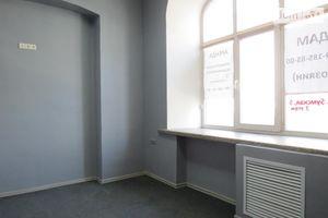 Сдается в аренду помещения свободного назначения 60 кв. м в 6-этажном здании
