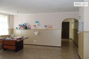 Продается офис 94 кв. м в нежилом помещении в жилом доме