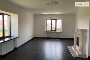 Продается дом на 3 этажа 350 кв. м с баней/сауной
