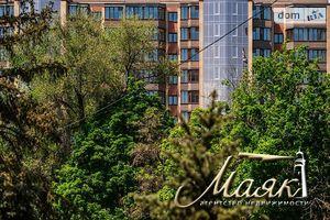 Продается 2-комнатная квартира 83 кв. м в Запорожье