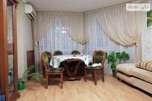Продается 2-комнатная квартира 75.4 кв. м в Киево-Святошинске