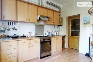 Продається частина будинку 200 кв. м з меблями