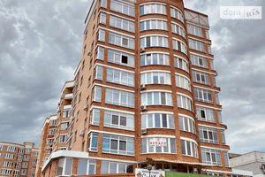 Продається 2-кімнатна квартира 63 кв. м у Херсоні