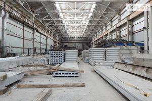 Продається приміщення (частина приміщення) 12000 кв. м в 3-поверховій будівлі