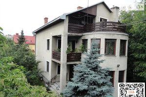 Продается дом на 2 этажа 176 кв. м с баней/сауной