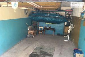 Продається місце в гаражному кооперативі під легкове авто на 19 кв. м