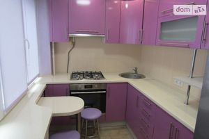 Сдается в аренду 1-комнатная квартира 32 кв. м в Киеве