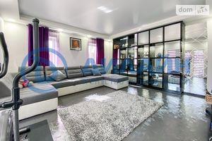 Продается дом на 2 этажа 227 кв. м с мебелью
